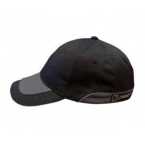 kepure-su-snapeliu-pesso-juoda